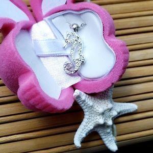 Jewelry - Seahorse Pendant Necklace